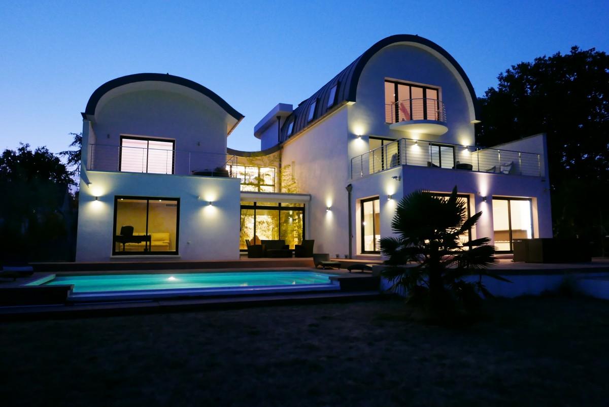 Audacieuse villa d 39 architecte paris sud abafim immobilier for Annuaire architecte paris